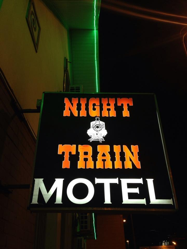 отель Night Train Motel фото 1
